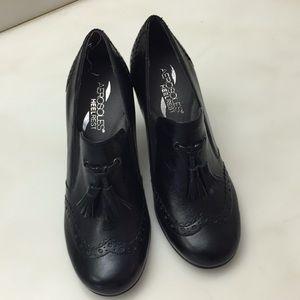 Aerosoles black heels with tassels
